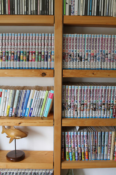 棚板にもツーバイ材を使った本棚